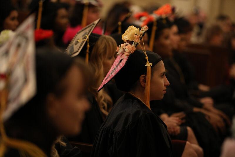 amda la graduation photo 6