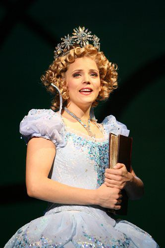 Chandra Lee Schwartz as Glinda