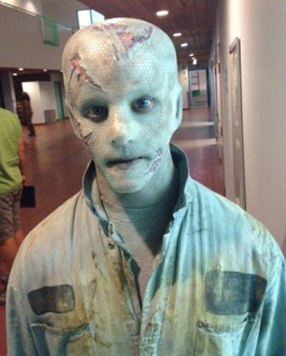 "Nyback in his first ""Defiance"" role, alien Ben Daris"