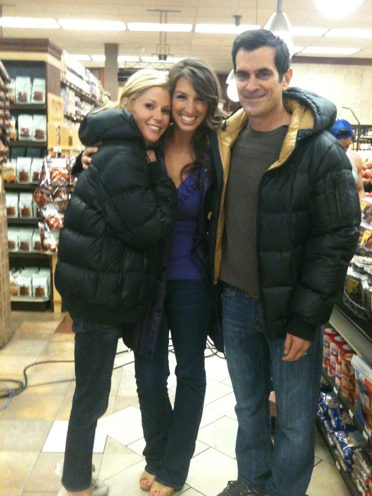 "Amanda with Julie Bowen and Ty Burrell on the set of ""Modern Family"""